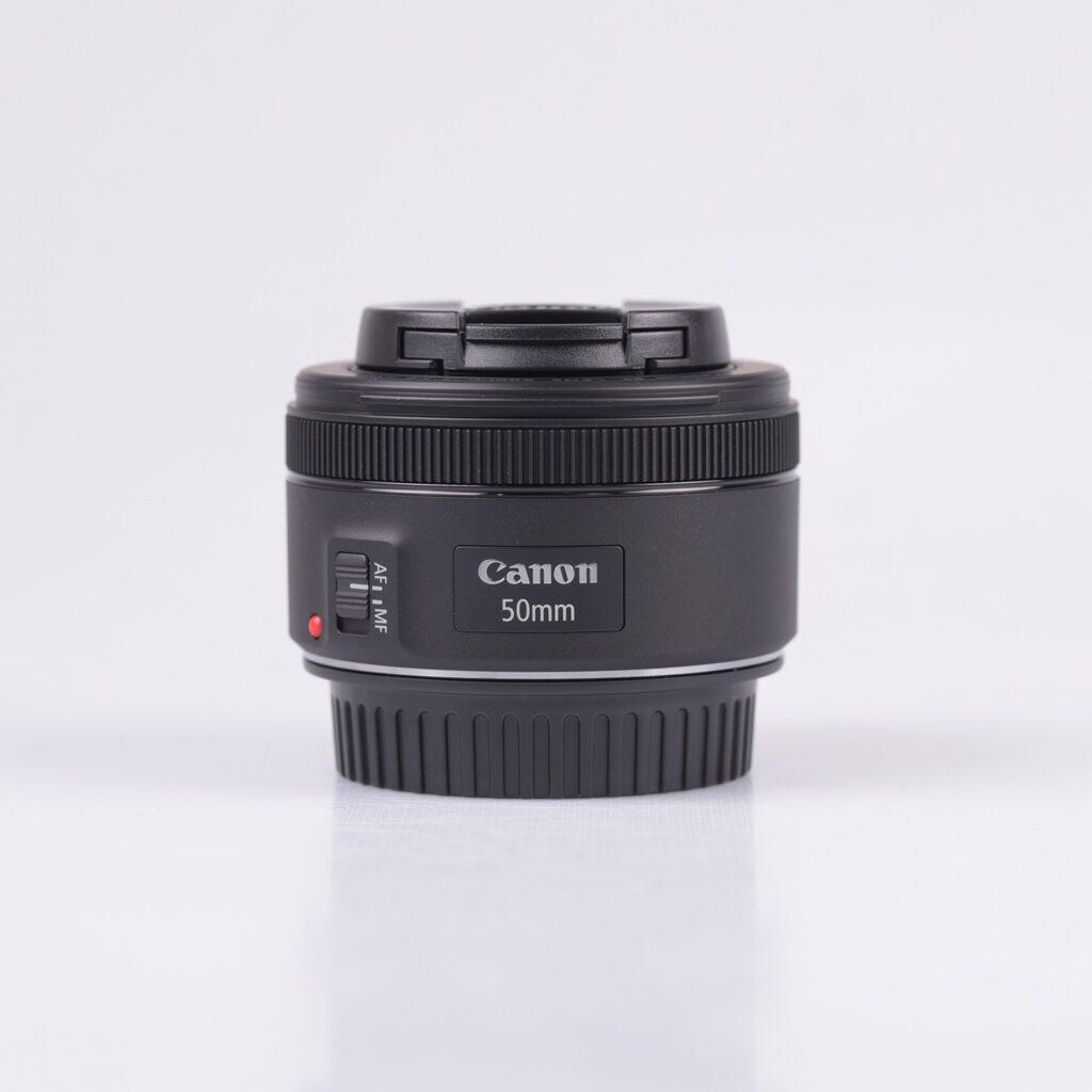 Questa immagine ha l'attributo alt vuoto; il nome del file è canon-ef-50mm-f-1-8-stm-lenses-1024x1024.jpg